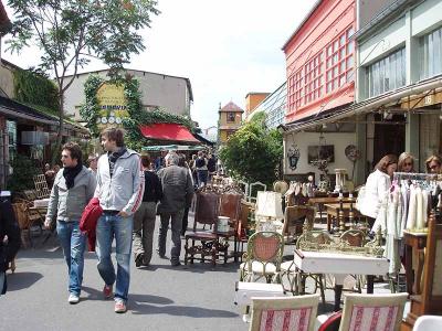 Flea market of Paris Saint-Ouen