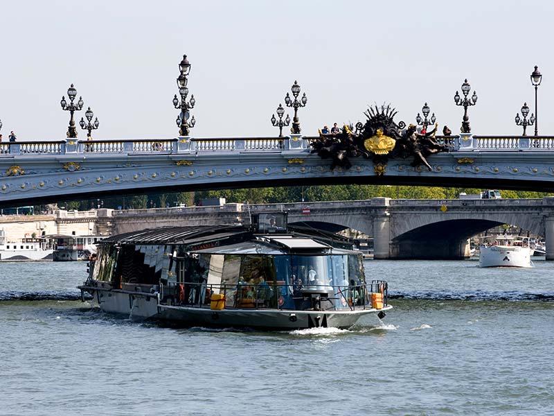 Bateaux Parisiens / Croisière Les Incollables®