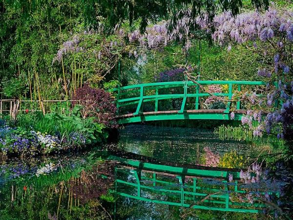 claude monet 39 s house and gardens paris region website for tourism professionals. Black Bedroom Furniture Sets. Home Design Ideas