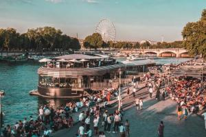 Flow – Paris, quai d'Orsay