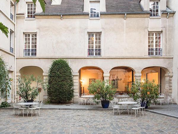 Auberge de jeunesse mije fourcy portail des for Auberge de jeunesse la maison paris
