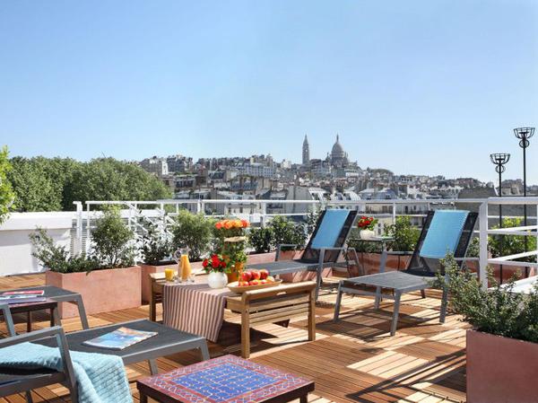 Citadines Montmartre Paris Terrasse Peter Mealin ...
