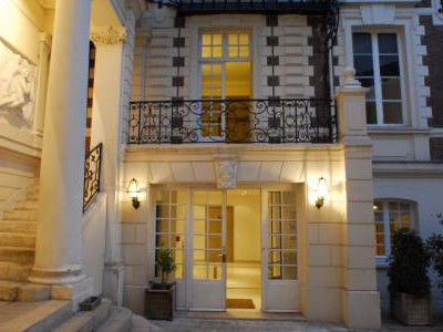 Hostel In Paris Bvj Champs Elysees Monceau Paris Region Website
