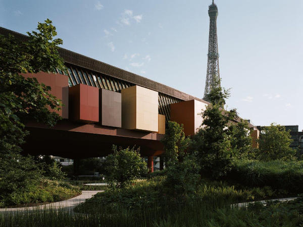 Mus e du quai branly jacques chirac portail des for Jardin quai branly